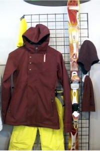 Bonfires Heavenly Jacket in Mahogany looks great with your K2 Super Burnin skis